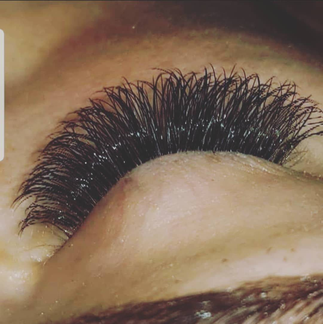 Slay Slay Slay   Hybrid eyelashes   #eyelashextensions #clientlove #eyelashemporium #eyelashes #airdire #unit4 #lashesfordays #lashlove #lash #hybridlashes #lashesbyvernishia