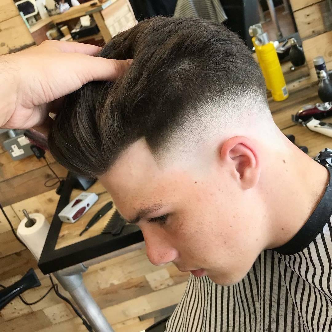 Skinned @lewishatto #barberlife #barbershop #barbering #barbershopconnect #skinfade #skinner #faded #menshair #mensfashion #menshealth