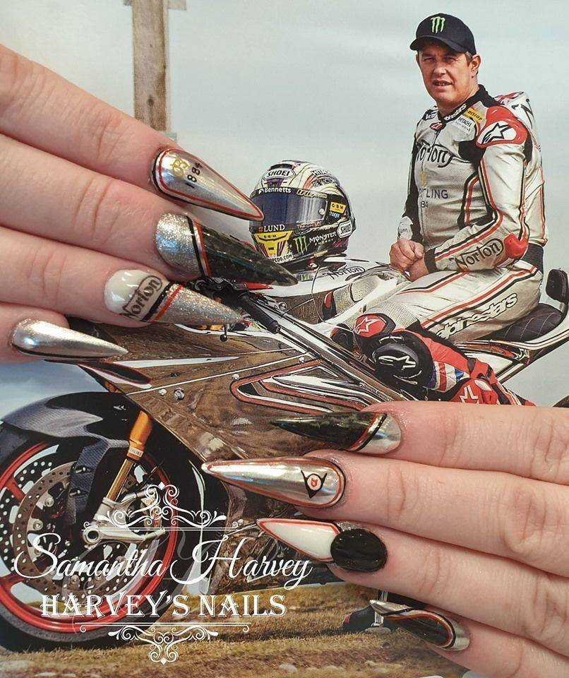 This extreme nail design was created by Sam on her own nails, supporting the Norton Team TT 2019. Chrome and real Carbon Fibre!