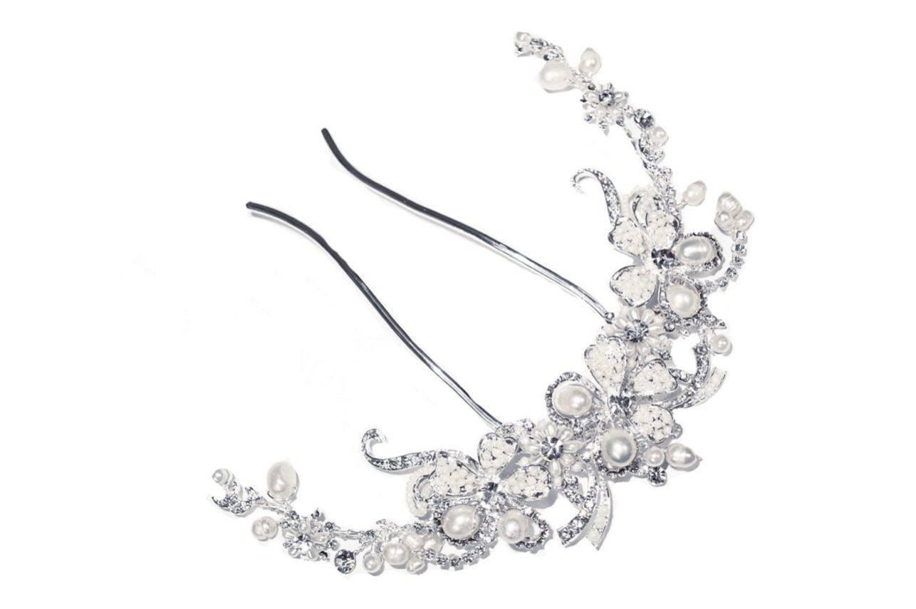 Silver Pearl Crescent Comb