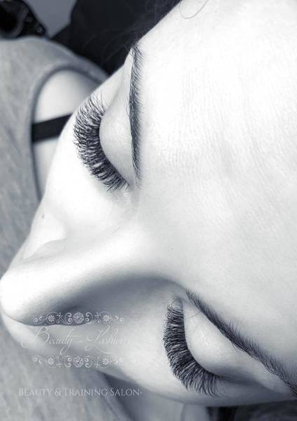 Some more 3D lashes! These are just £30 throughout November!! Book online www.beauty-lashious.co.uk