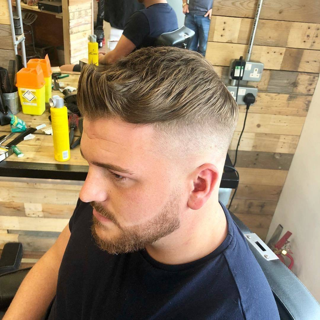 Monday trims #barbershop #skinfade #faded #barberlife #menshair #mensfashion #menshealth #freshtrim #beard #beardgang @lewishatto @dapperdanuk @nearcutuk