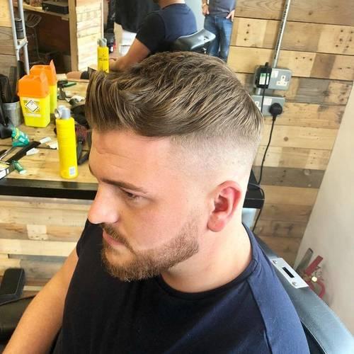 Monday trims #barbershop #skinfade #faded #barberlife #menshair #mensfashion #menshealth #freshtrim #beard #beardgang @lewishatto @dapperdanuk @nearcutuk