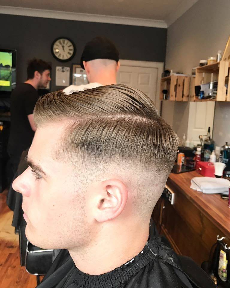Love the clean, classic look. Never goes out of style! Shops open till 8pm tonight #blackdogbarbers #barber #sidepart #classic #clean #barberlife #barbershopconnect