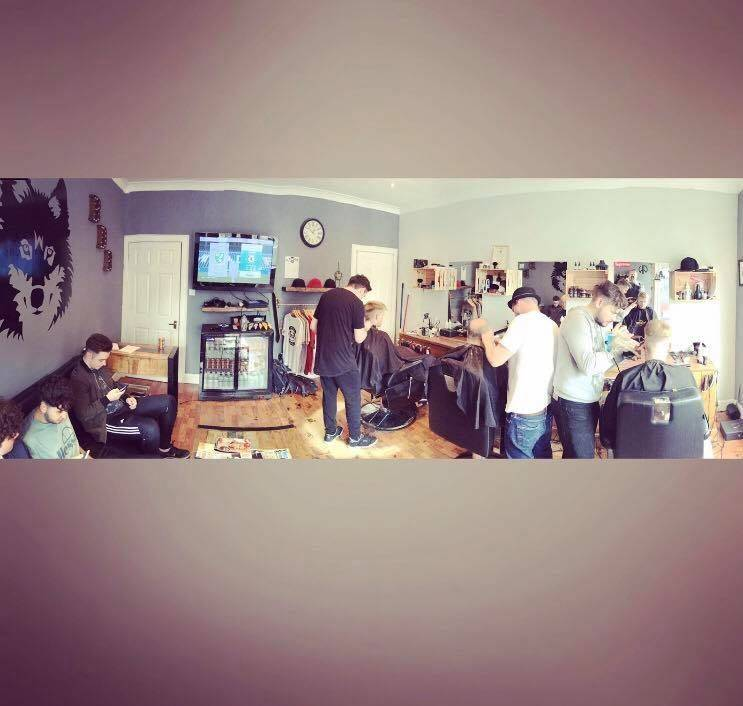 Black dog barbers all working hard to get you looking at your slickest. Shops open till 6pm #blackdogbarbers #BDB #barbershop #barbershopconnect #fades #busy