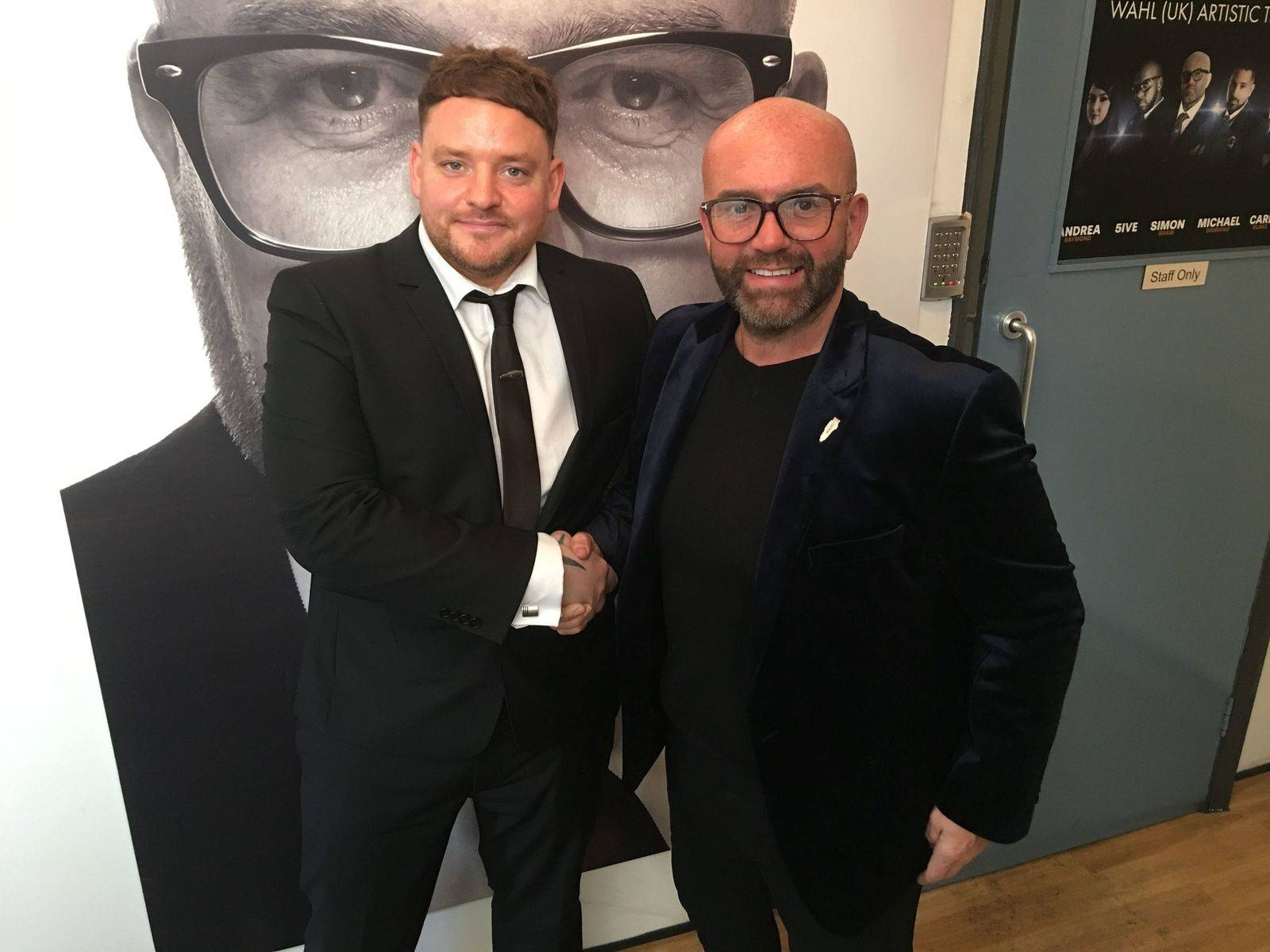 Davie signs with Wahl Ambassador