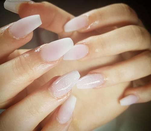 Matte ombre!!  #nailporn #nailsinspo #mattenails #ombrenails #nailsoftheday #naillove #nailswag #acrylicnails #instadaily #instastyle