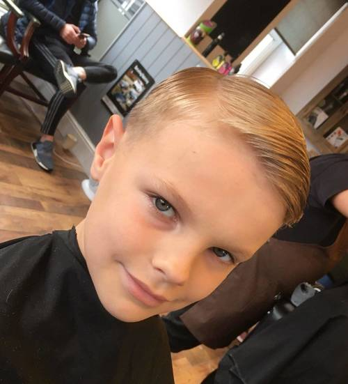 Half term trims all week ✂️✂️ book them young men a fade this week ✂️  57barbers.nearcut.com
