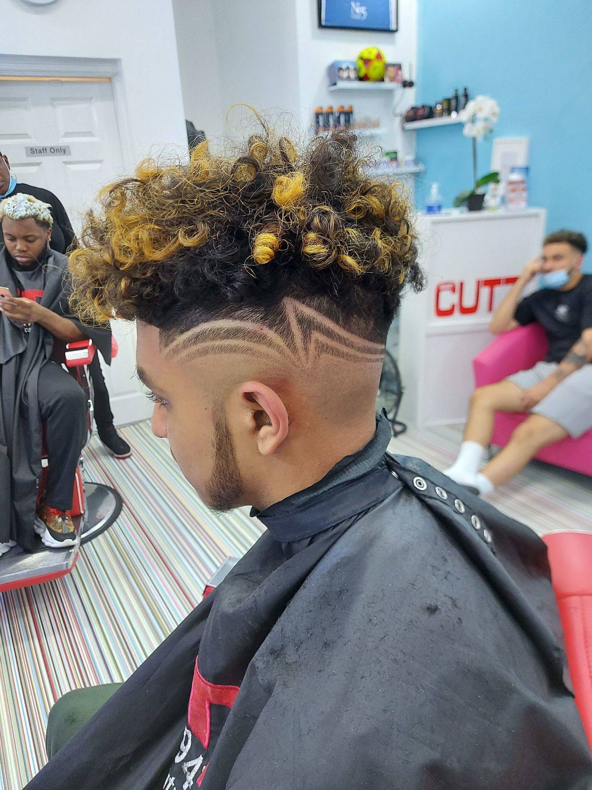 Hair cut & colour with pattern
