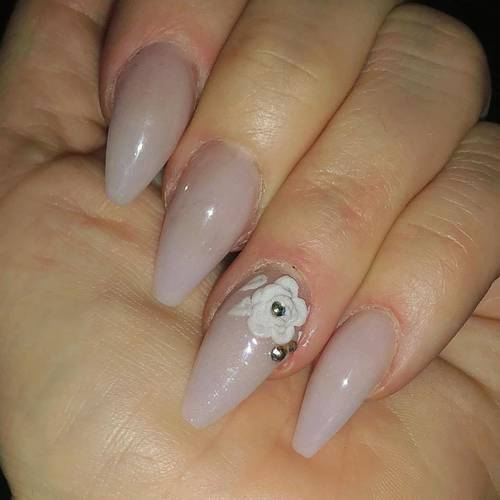 Wedding nails ... bride to be ..  4 days and counting ❤️❤️❤️❤️