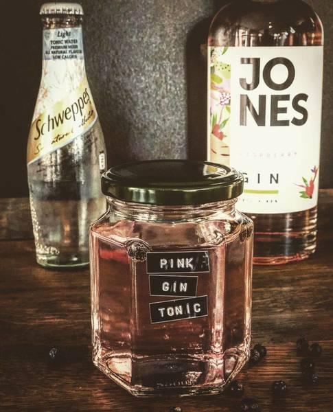 Pink Gin & Slim tonic (serves 2)