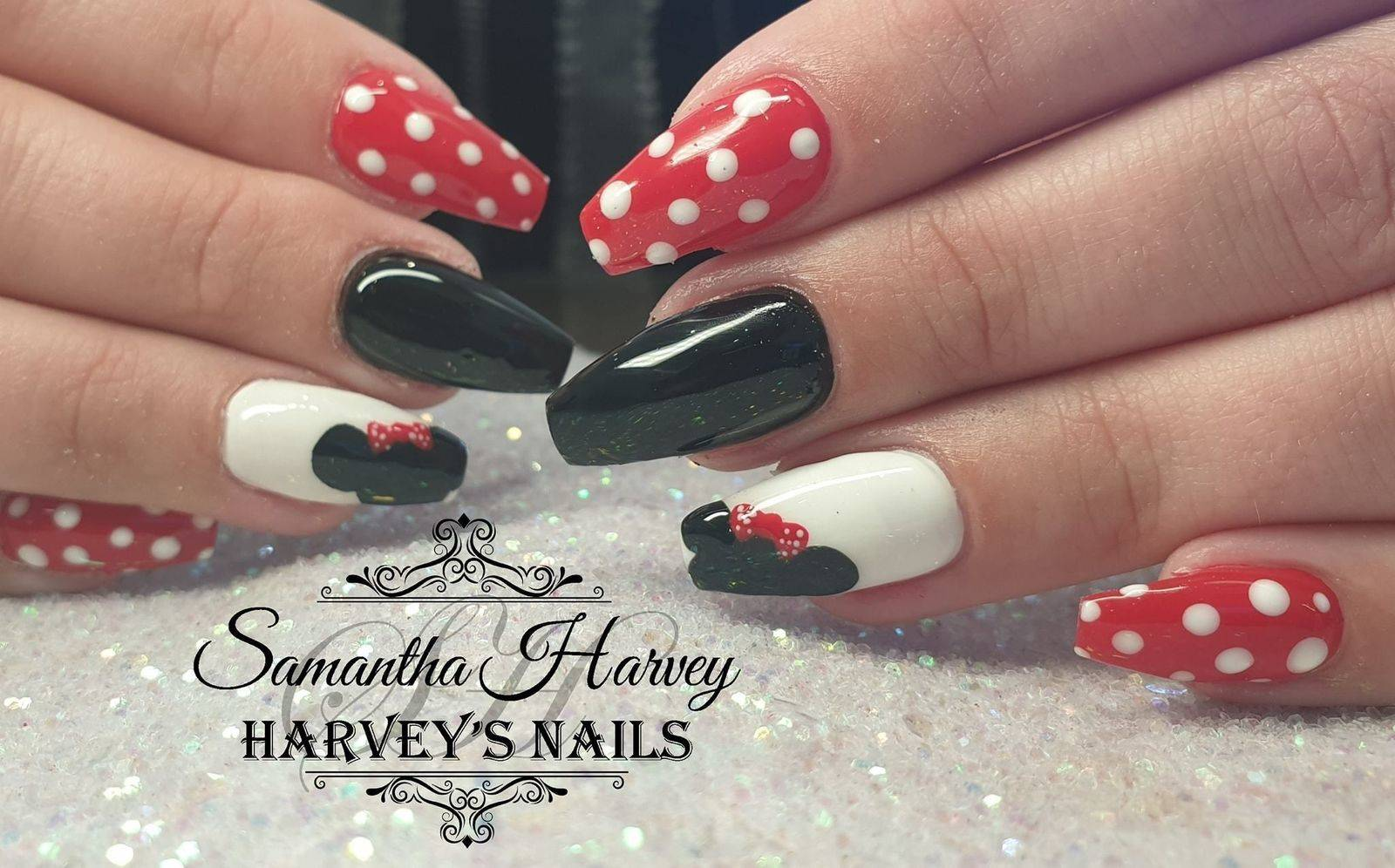 Acrylic extensions, finished with Gel polish and Mini mouse design