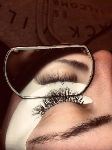 A sneek preview of a set of SVS lash extensions I did last night  #nouveaulashes #svslashes #livingthelashlife