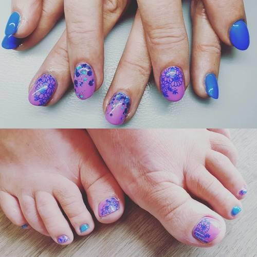 Anniversary love for the beautiful Jan!  #nails #nailsoftheday #nailsalon #cornwall #porthtowanbeach #rainyday